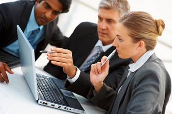Νέες εισφορές επαγγελματιών: Ανά έτος η επιλογή ασφαλιστικής κατηγορίας